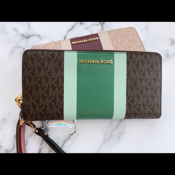 Michael Kors Handbags - Michael Kors Continental Wallet Long Signature MK